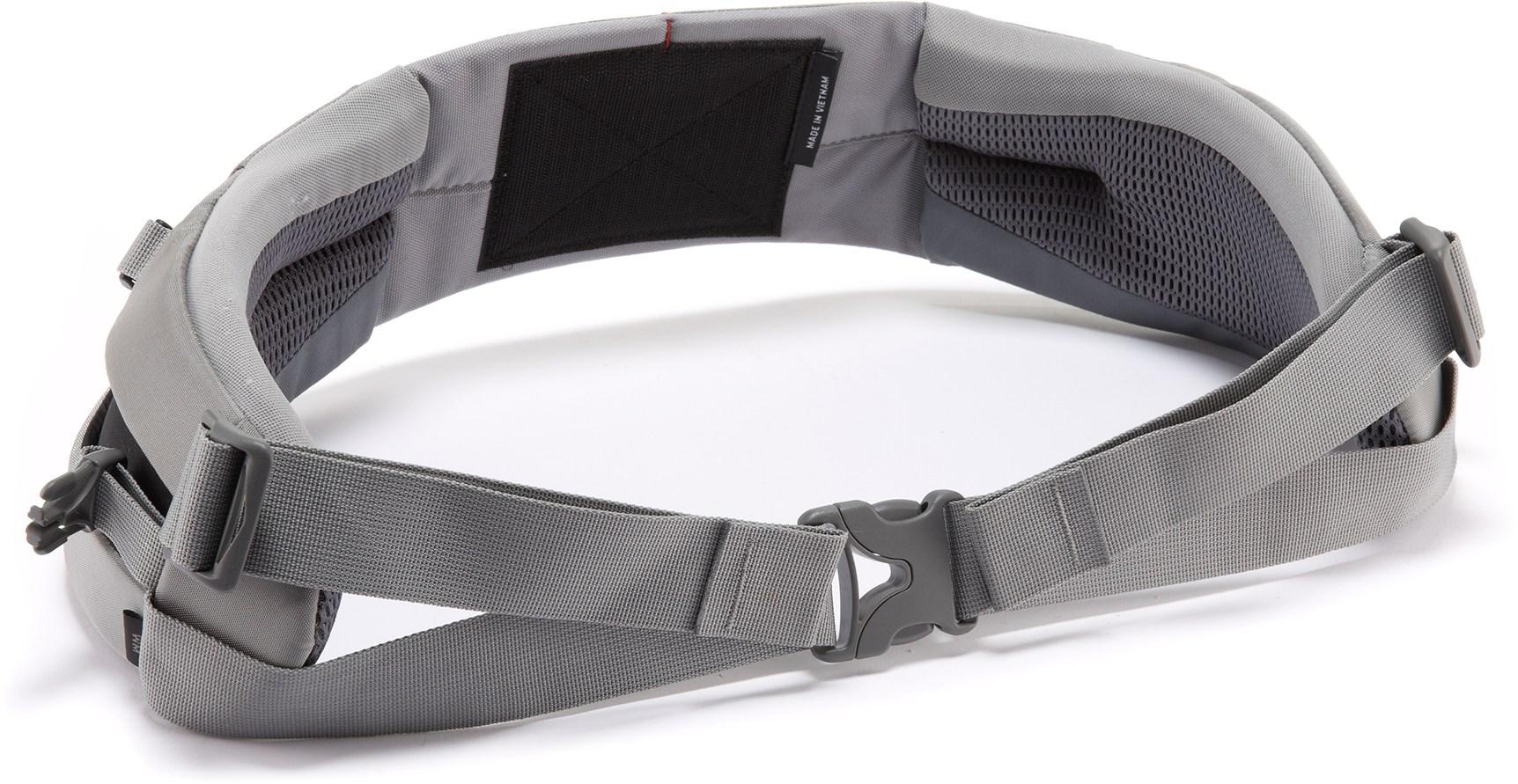 Cinturón lumbar IsoForm en mochilas Osprey
